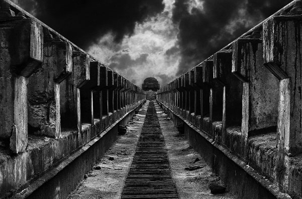 To the train by limbonic
