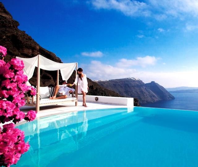 Hotel Kirini @ Santorini, Greece