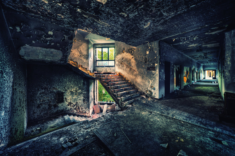 after the fire by illpadrino d4d74iu1 40 Chilling Photographs of Urban Decay