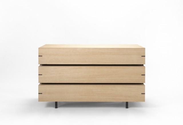 ds 001 640x4381 10 Examples of Minimal Furniture Design