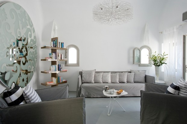 grace santorini white living area 620x411 The Breathtaking Grace Hotel, Santorini Islands