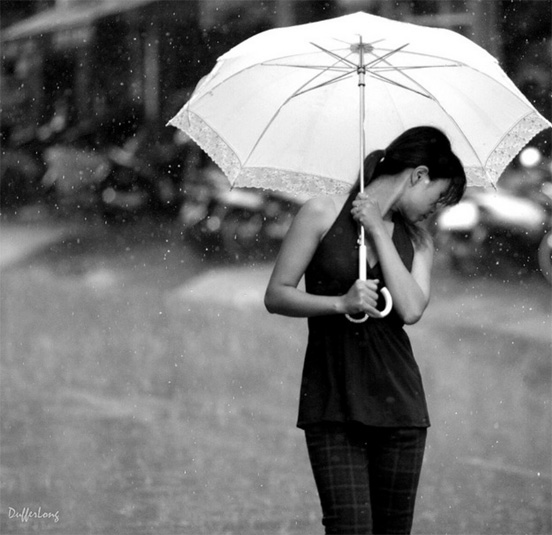 rain photography 33 50 Examples of Rain Photography to Lay Aside Your Sadness