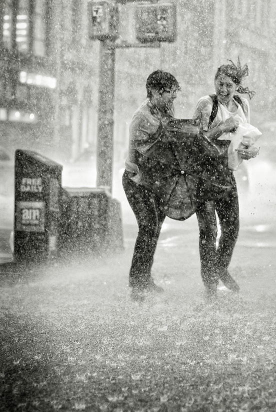 rain photography 34 50 Examples of Rain Photography to Lay Aside Your Sadness