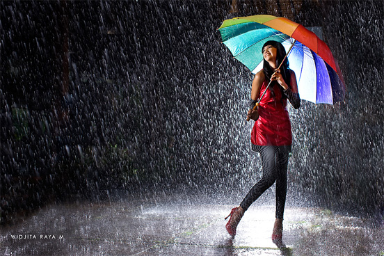 rain photography 35 50 Examples of Rain Photography to Lay Aside Your Sadness