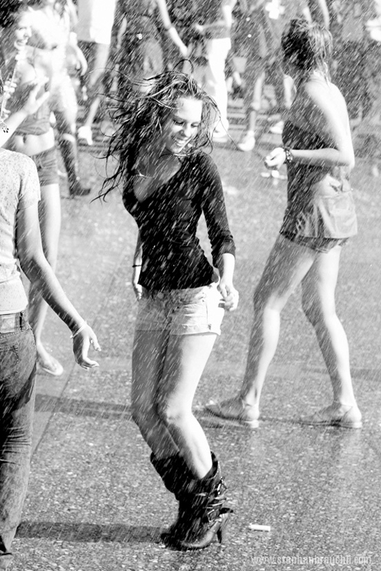 rain photography 38 50 Examples of Rain Photography to Lay Aside Your Sadness