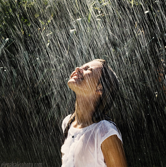 rain photography 41 50 Examples of Rain Photography to Lay Aside Your Sadness