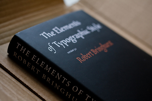 The Elements of Typographic Style [Paperback]