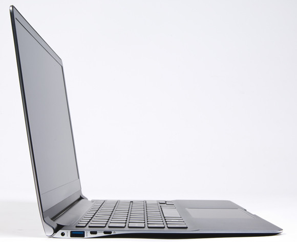 Samsung Series 9 NP900X4C-A01US 15.0-Inch Ultrabook (Mineral Ash Black)