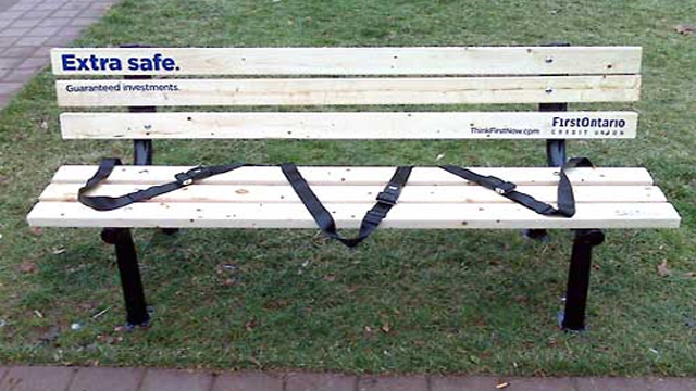 credituntion1 20 Creative Examples of Bench Advertising