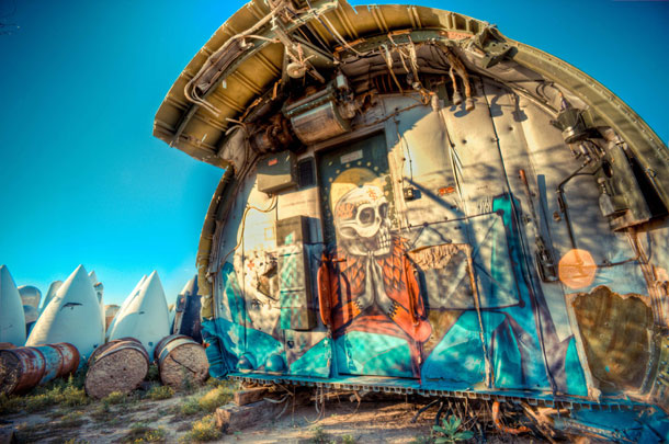 retired airplanes transformed into epic works of art 13 The Boneyard Project: Retired Airplanes turned into Art