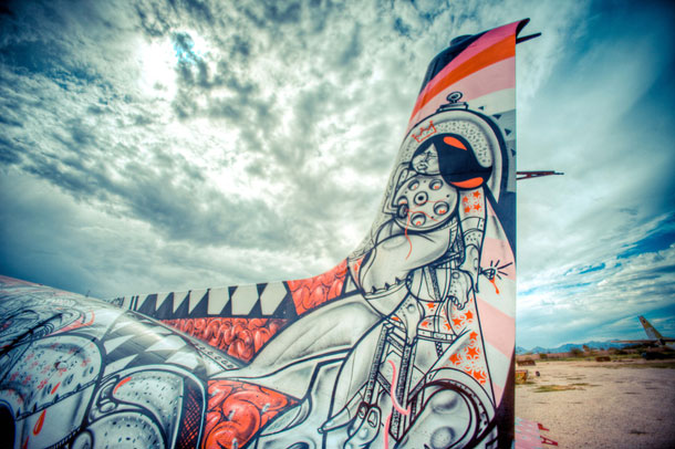 retired airplanes transformed into epic works of art 8 The Boneyard Project: Retired Airplanes turned into Art