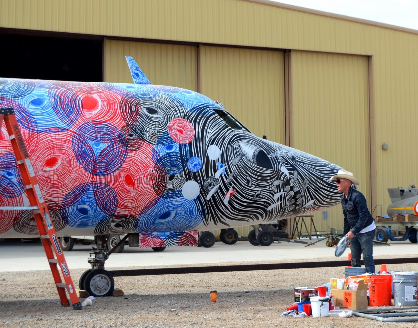 sadasd The Boneyard Project: Retired Airplanes turned into Art