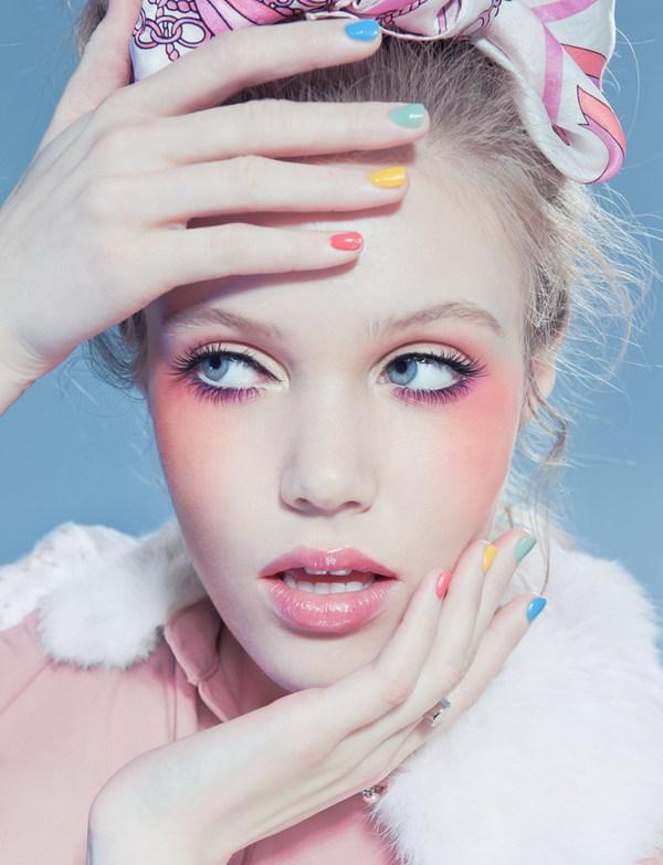 d5ca76b6e0026c123831f572265802cf1 35 Stunning Examples of Makeup Art