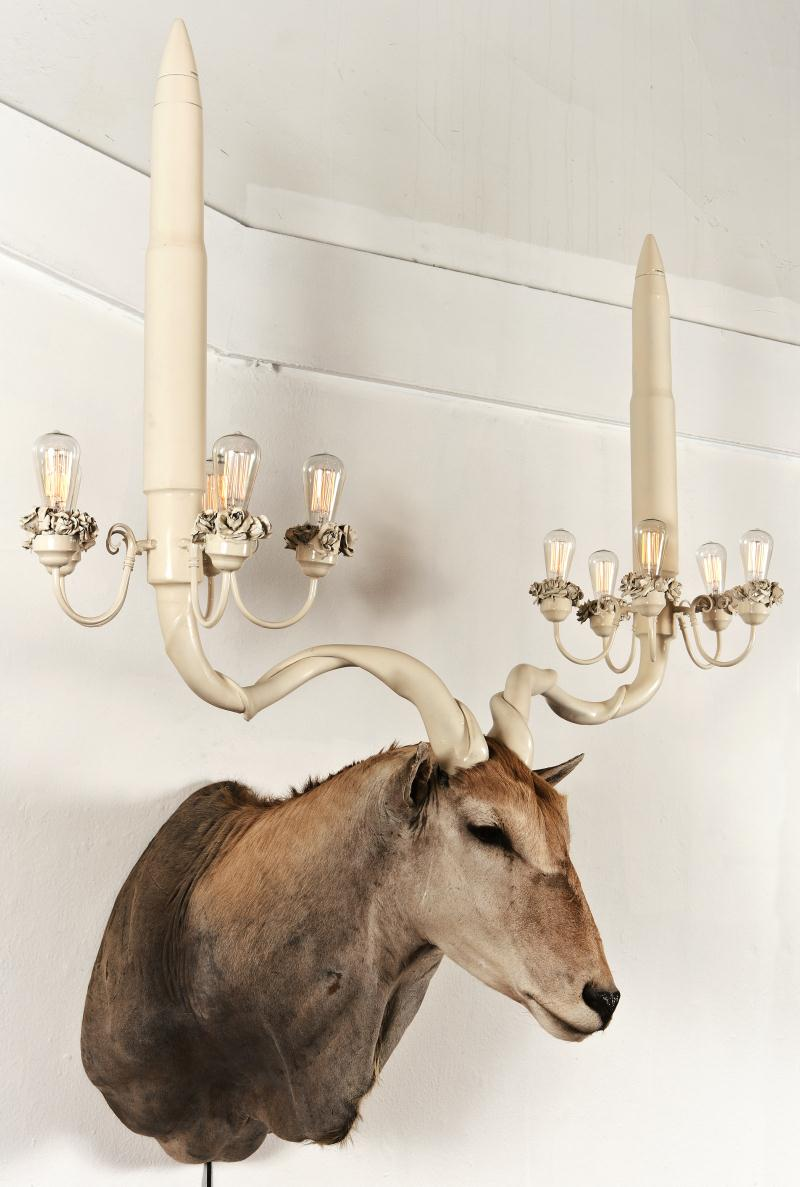 elandlight2 op 800x1187 Unique Taxidermy Sculptures by Peter Gronquist