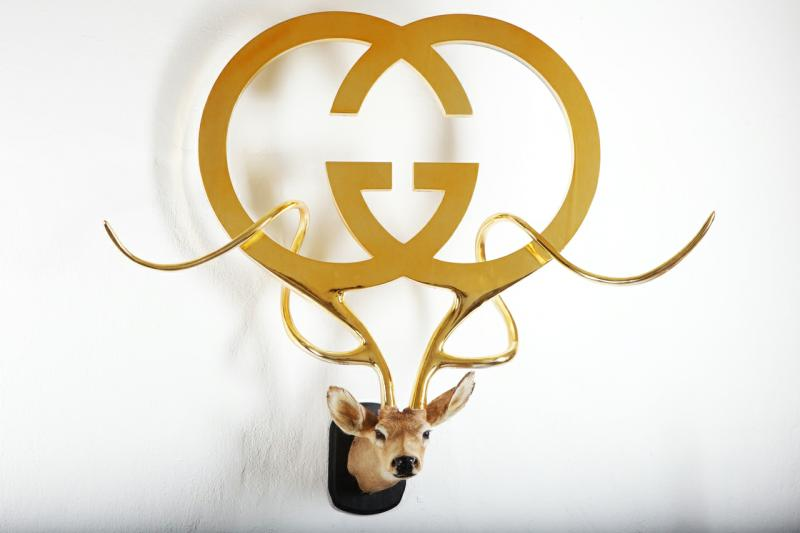 guccifinal1 op 800x533 Unique Taxidermy Sculptures by Peter Gronquist